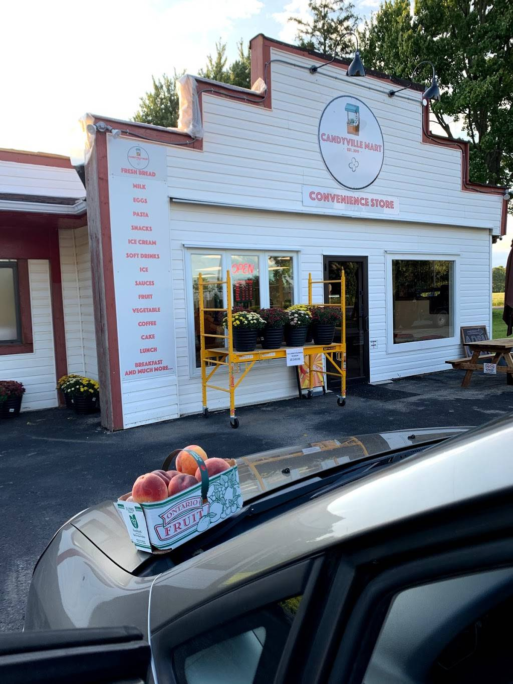 Candyville Mart   meal delivery   5843 Imperial Rd, Aylmer, ON N5H 2R2, Canada   5197651191 OR +1 519-765-1191