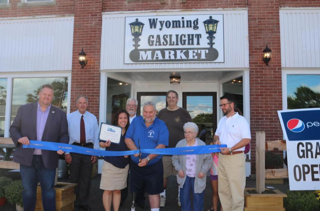 Wyoming Gaslight Market | restaurant | 8 S Academy St, Wyoming, NY 14591, USA | 5854956800 OR +1 585-495-6800