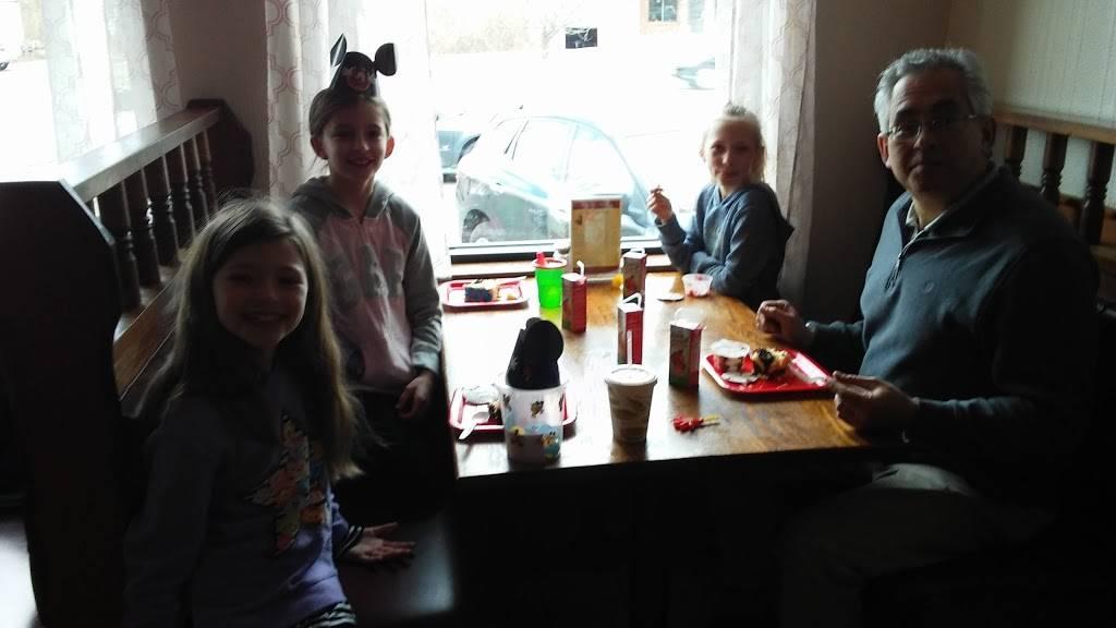 Pizza Pub-Gregorys Restaurant   restaurant   2391 Boston Rd, Wilbraham, MA 01095, USA   4135963500 OR +1 413-596-3500