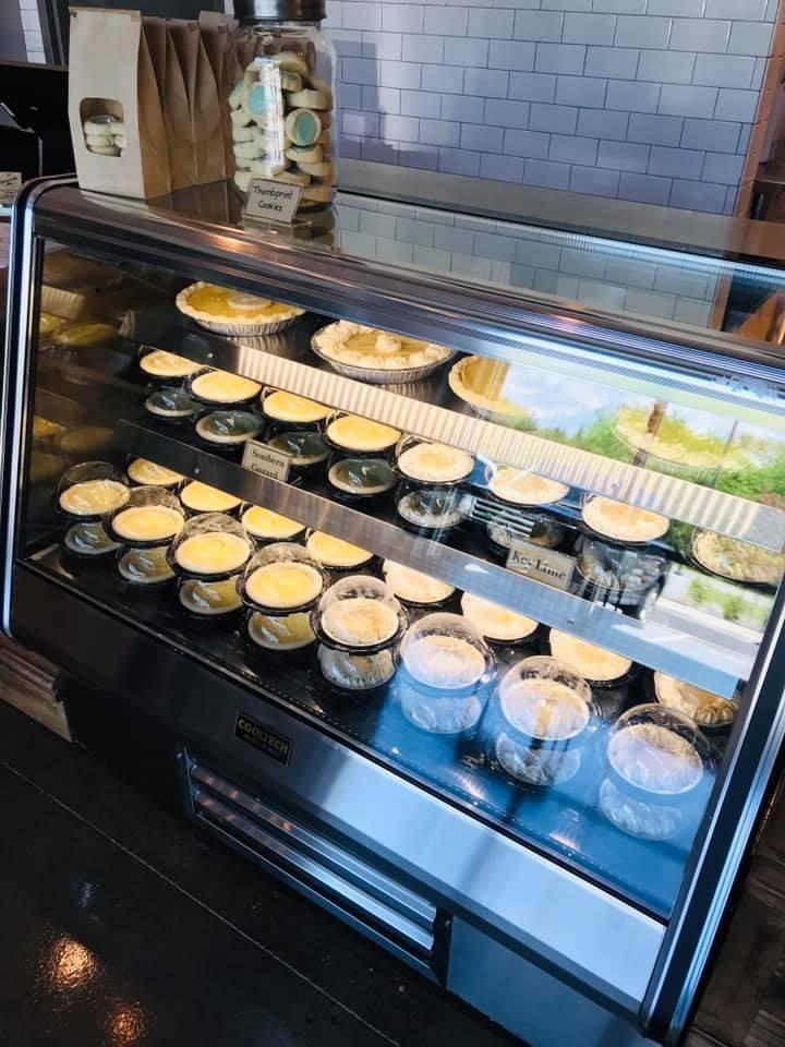 Buttermilk Sky Pie Shop | bakery | 5050 Carothers Pkwy Suite 104, Franklin, TN 37067, USA | 6154728075 OR +1 615-472-8075