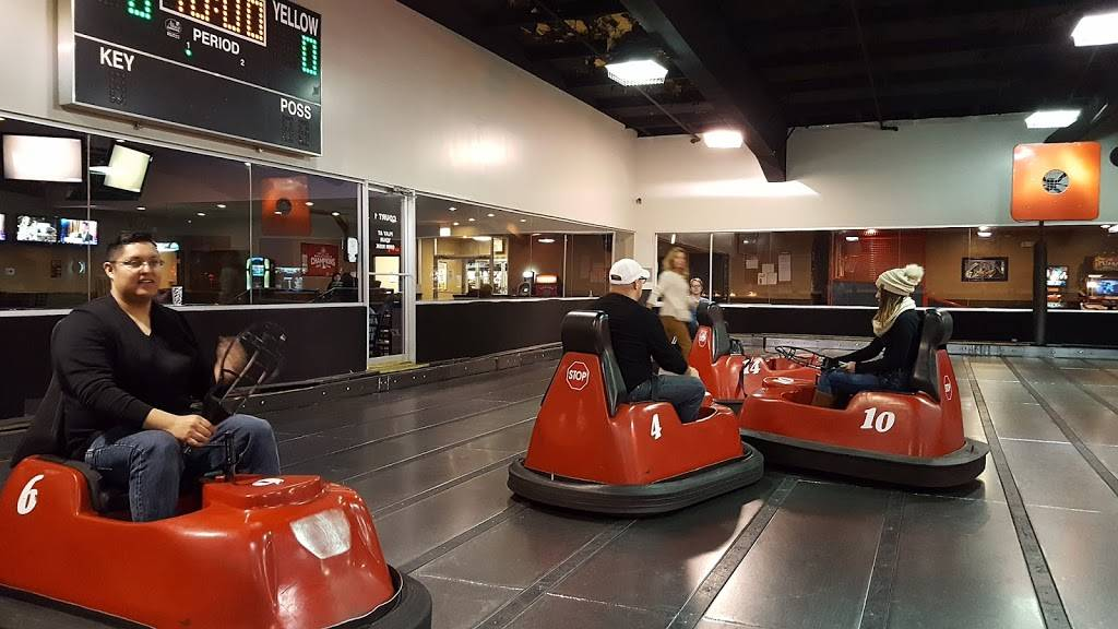 WhirlyBall Lombard   restaurant   800 E Roosevelt Rd, Lombard, IL 60148, USA   6309324800 OR +1 630-932-4800