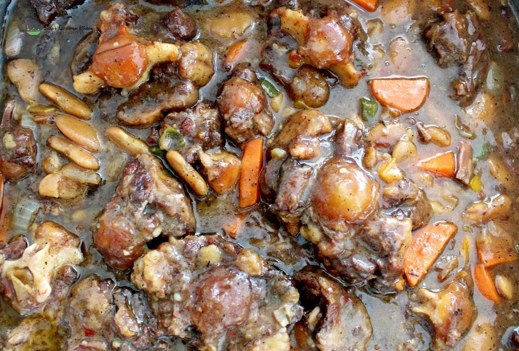 Sians Caribbean Kitchen | restaurant | 1202 Market St, Harrisburg, PA 17103, USA | 7864754342 OR +1 786-475-4342