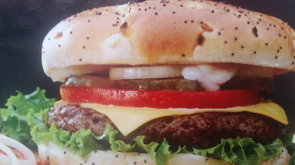 C&B Luncheonette | restaurant | 983 Wyckoff Ave, Ridgewood, NY 11385, USA | 7184976561 OR +1 718-497-6561