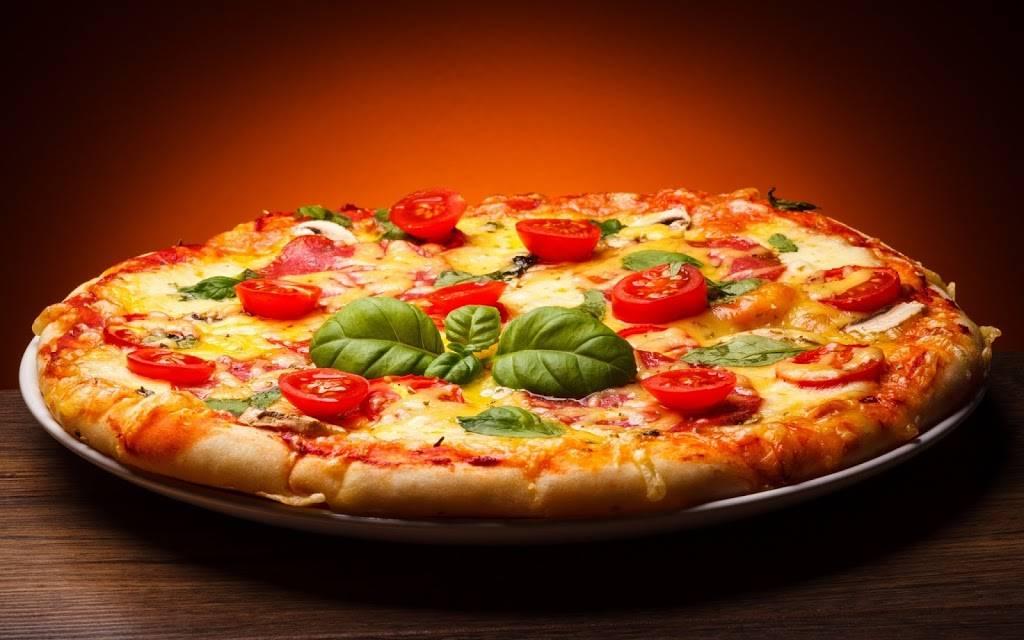 Dannys Pizza | restaurant | 239-, 241 Bushwick Ave, Brooklyn, NY 11206, USA | 7183811669 OR +1 718-381-1669