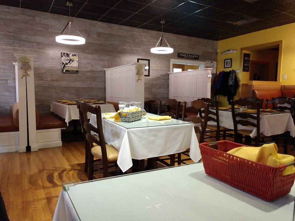 Zoilas Kitchen   restaurant   179 Harrison Ave, Garfield, NJ 07026, USA   9739282400 OR +1 973-928-2400