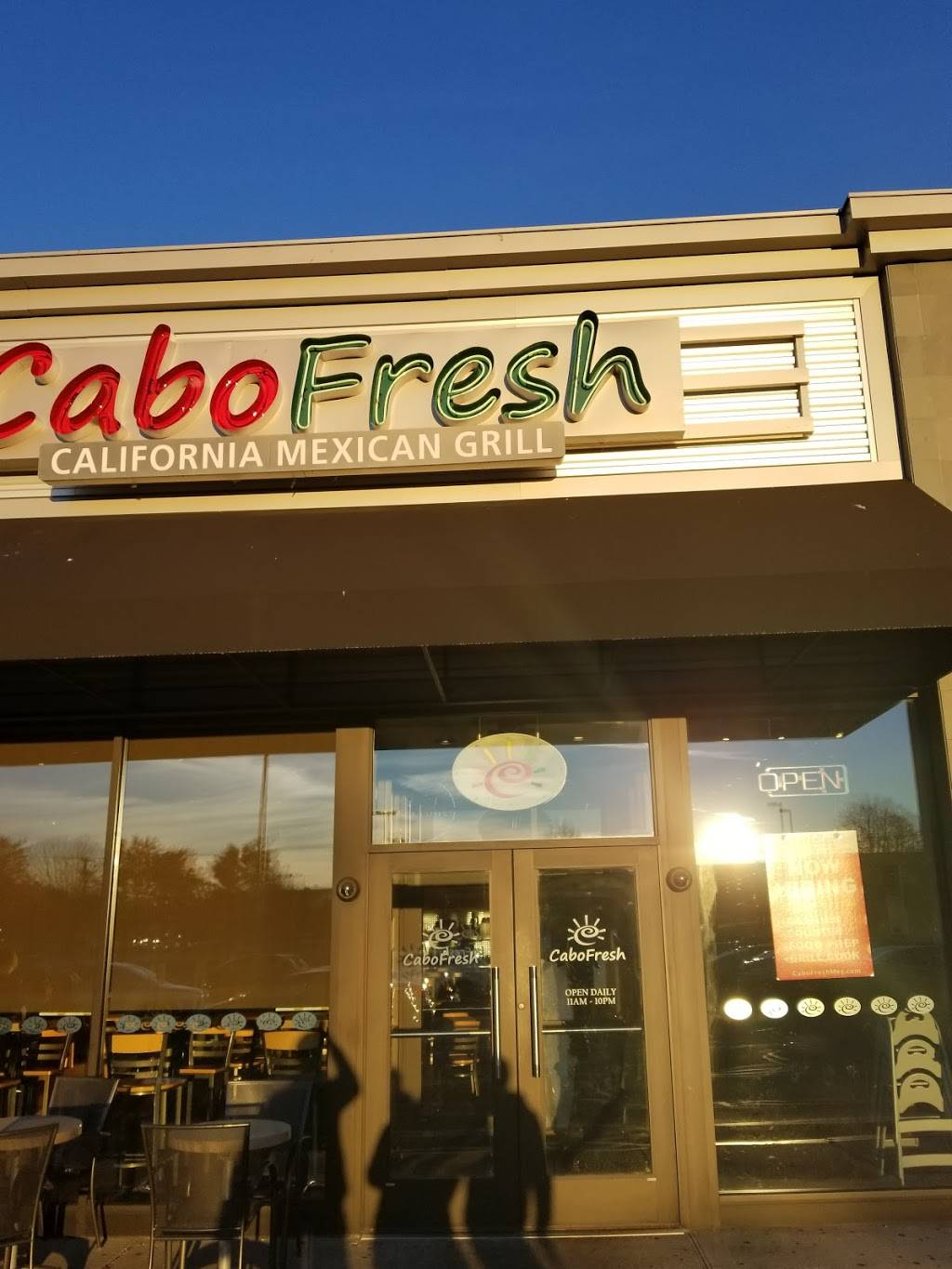 Cabo Fresh Mexican Grill   restaurant   5026 Jericho Turnpike, Commack, NY 11725, USA   6315432226 OR +1 631-543-2226