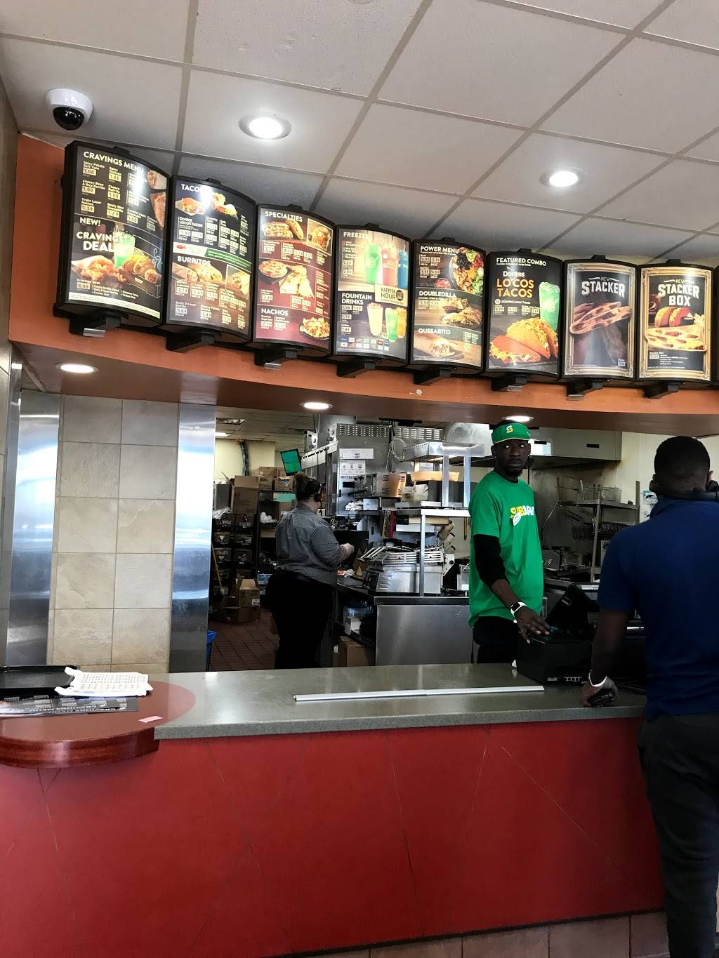 Taco Bell | restaurant | 2015 W Lucas St, Florence, SC 29501, USA | 8436622673 OR +1 843-662-2673