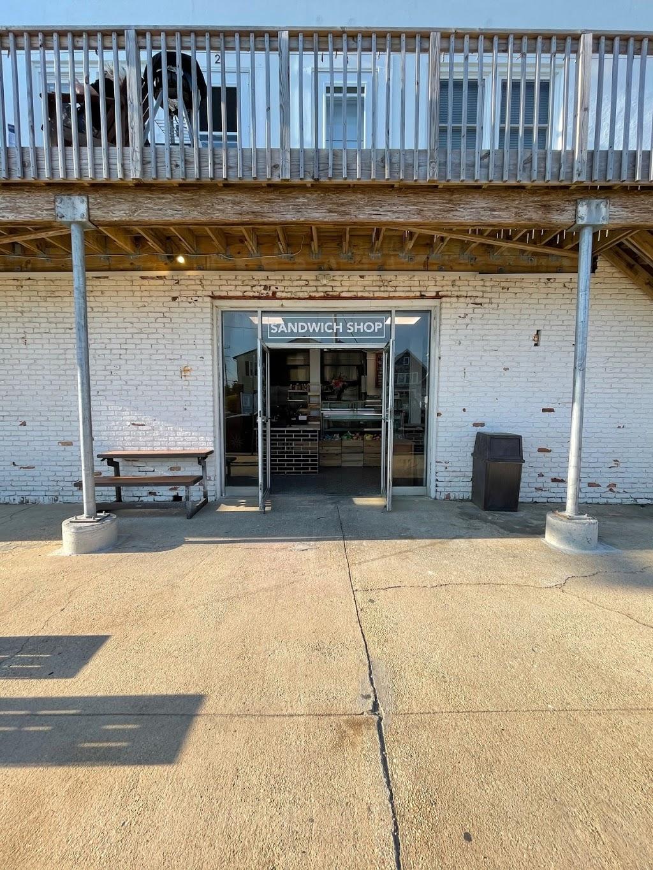 2nd Ave Sandwich Shop   restaurant   3620 NJ-35, Lavallette, NJ 08735, USA   7322504505 OR +1 732-250-4505