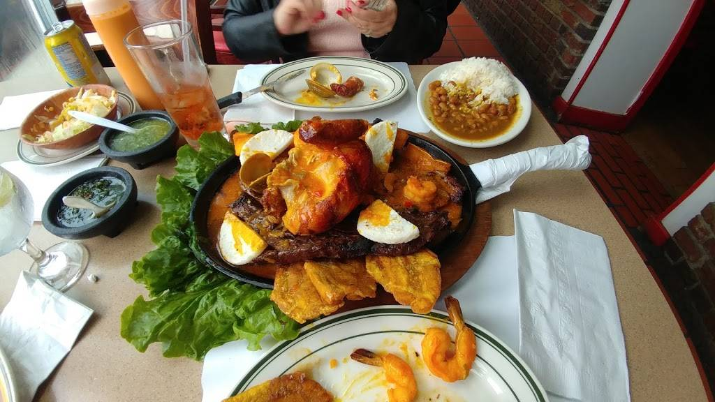 Pollos Mario Steak House & Seafd | restaurant | 6320 Woodhaven Blvd, Flushing, NY 11374, USA | 7185658831 OR +1 718-565-8831
