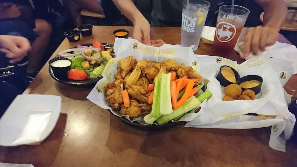 Buffalo Wild Wings | restaurant | 470 Harmon Meadow Blvd, Secaucus, NJ 07094, USA | 2013480824 OR +1 201-348-0824