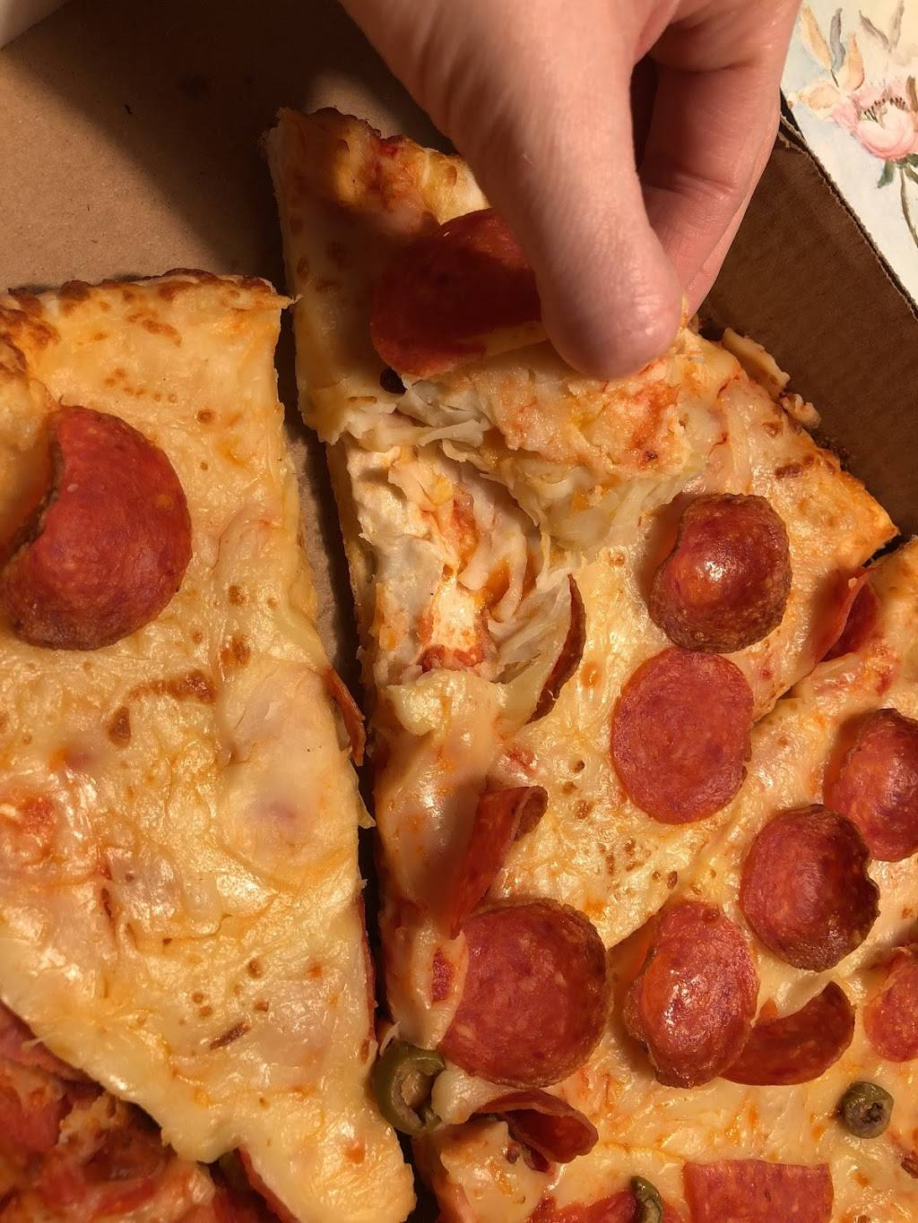 Titos Pizza | meal delivery | 21 McKay St, Cambridge, ON N1R 4G2, Canada | 5197409494 OR +1 519-740-9494