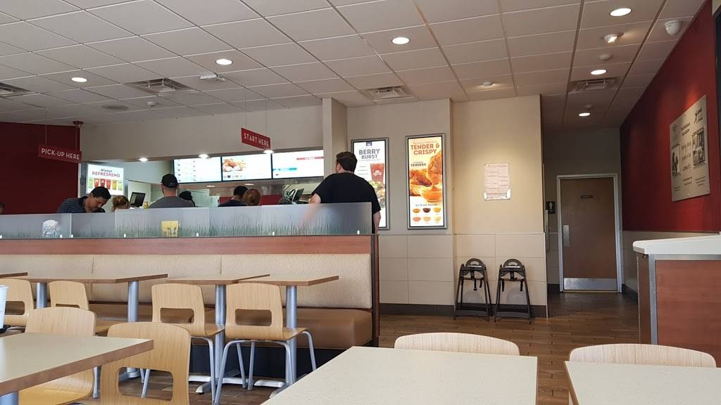Wendys | restaurant | 359 Rt 17 South, Wood-Ridge, NJ 07075, USA | 2019393108 OR +1 201-939-3108