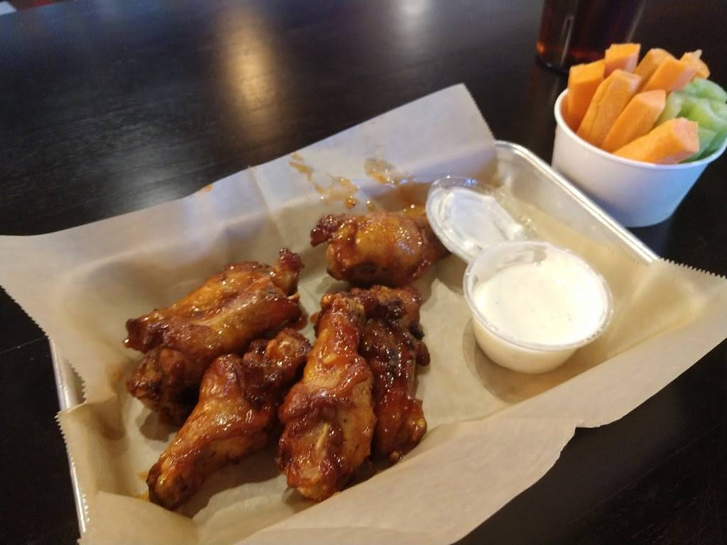 Round Table Pizza Wings.Round Table Pizza Wings Brew Meal Delivery 629 San Ramon Valley