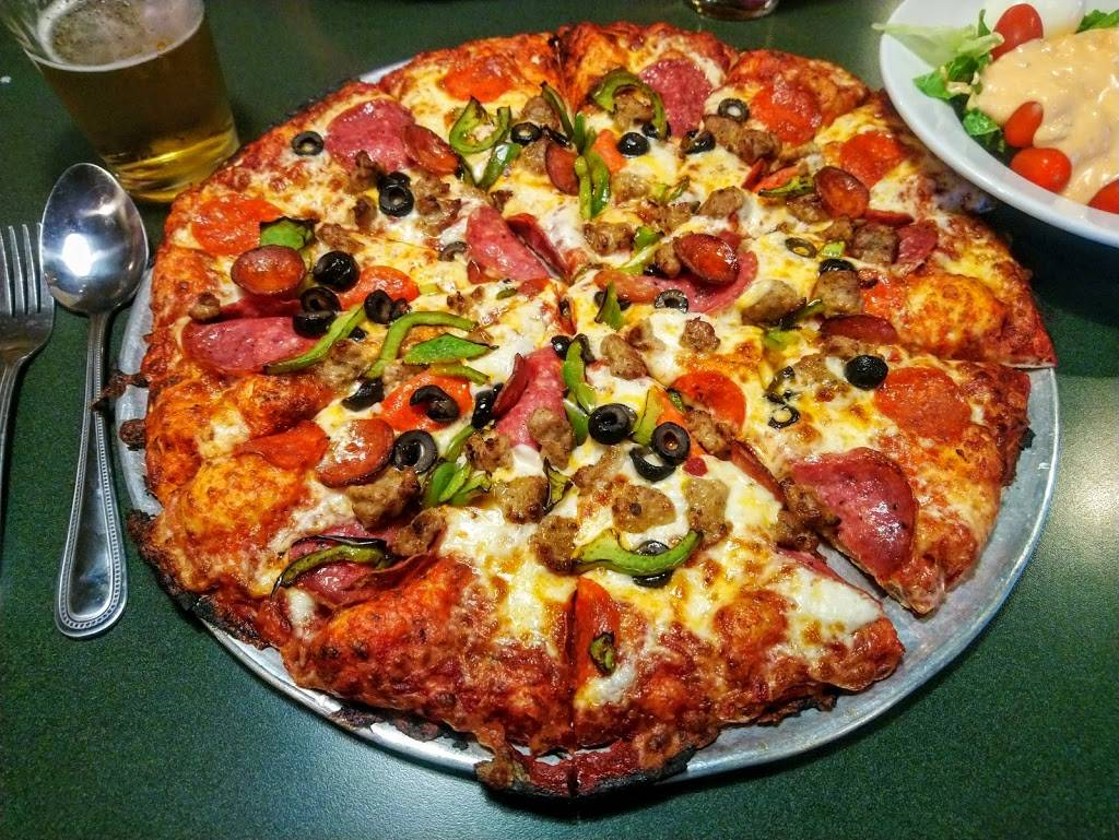 Round Table Pizza Concord.Round Table Pizza Meal Delivery 3375 Port Chicago Hwy Suite 57