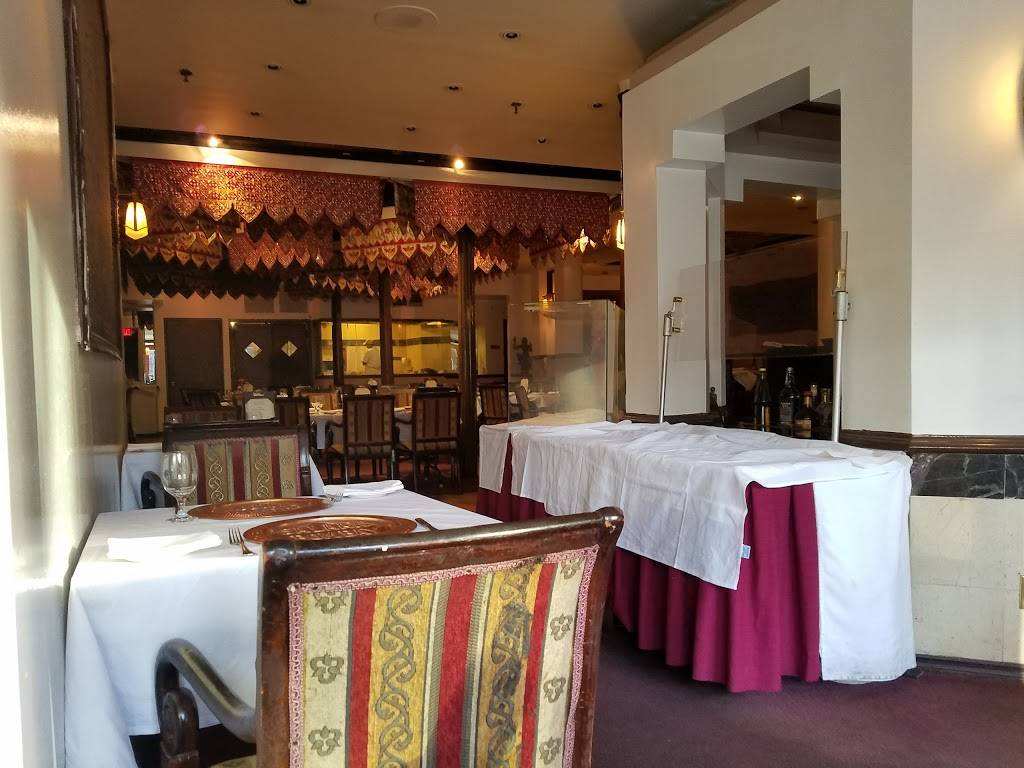 Salaam Bombay Indian Cuisine | restaurant | 319 Greenwich St, New York, NY 10013, USA | 2122269400 OR +1 212-226-9400