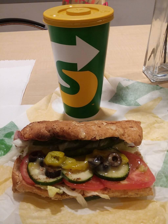 Subway Restaurants | restaurant | 5407 2nd Ave, Brooklyn, NY 11220, USA | 7185677070 OR +1 718-567-7070