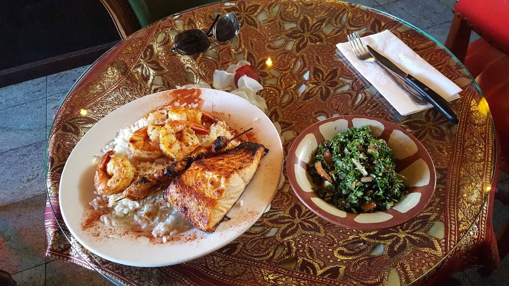 Bennies   restaurant   54 E Palisade Ave, Englewood, NJ 07631, USA   2018945700 OR +1 201-894-5700