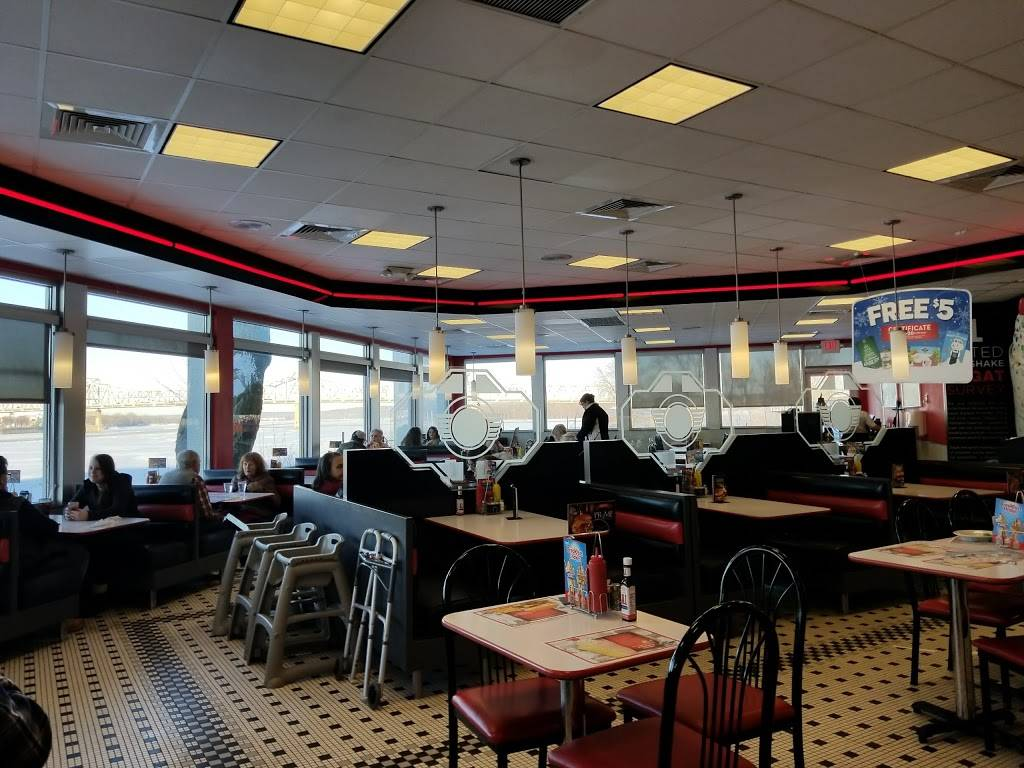 Steak n Shake | restaurant | 99 Conference Center Dr, East Peoria, IL 61611, USA | 3096994331 OR +1 309-699-4331