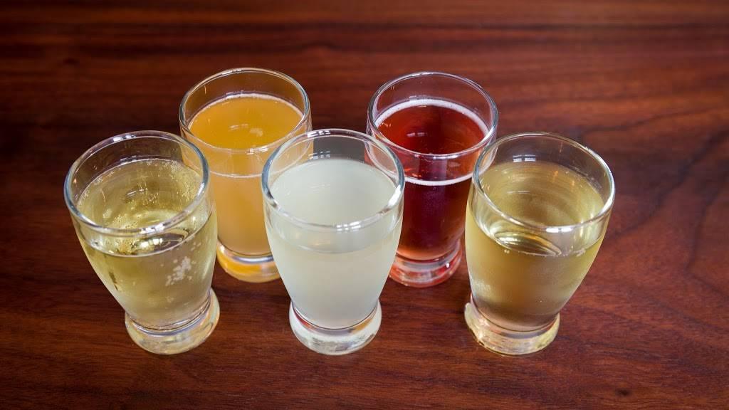 Slopeswell Cider Co. | restaurant | 1021 12th St #102, Hood River, OR 97031, USA | 5414364646 OR +1 541-436-4646