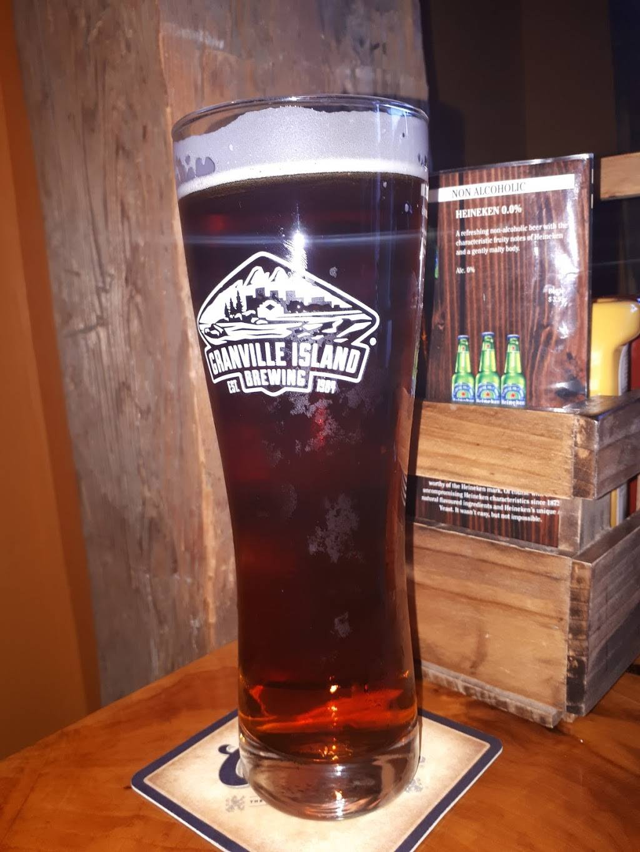 OHeaphys Irish Pub | restaurant | 27 Clothier St E, Kemptville, ON K0G 1J0, Canada | 6132581086 OR +1 613-258-1086