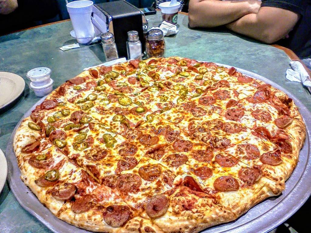 Giovannis Pizza | meal takeaway | 922 W Williamson Ave, Fullerton, CA 92832, USA | 7147734044 OR +1 714-773-4044