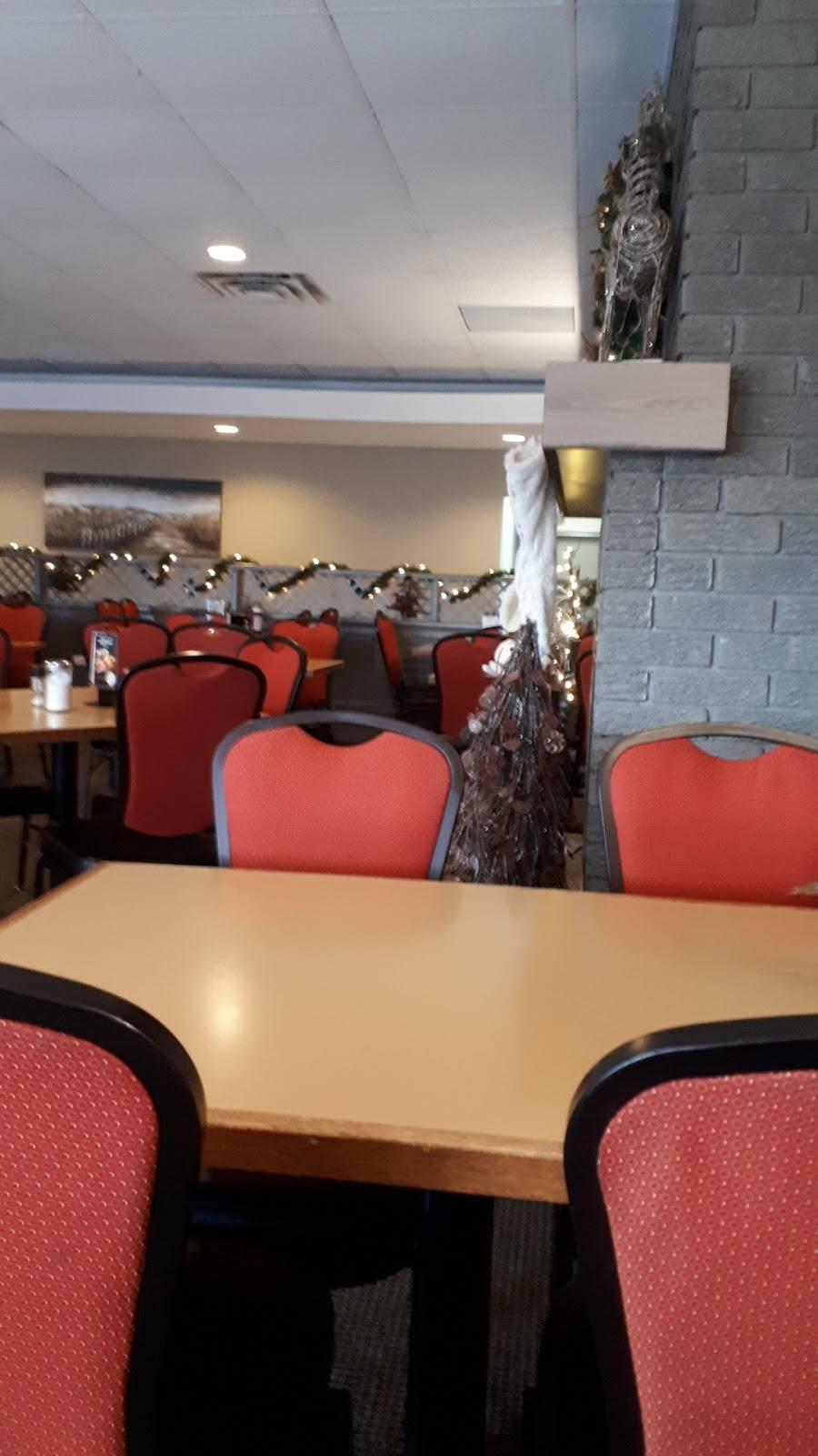 Country Hearth Family Restaurant | restaurant | 9952 Glendon Dr, Komoka, ON N0L 1R0, Canada | 5196577605 OR +1 519-657-7605