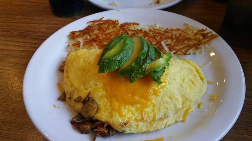 Dennys | restaurant | 16907 S, Pioneer Blvd, Artesia, CA 90701, USA | 5628091194 OR +1 562-809-1194