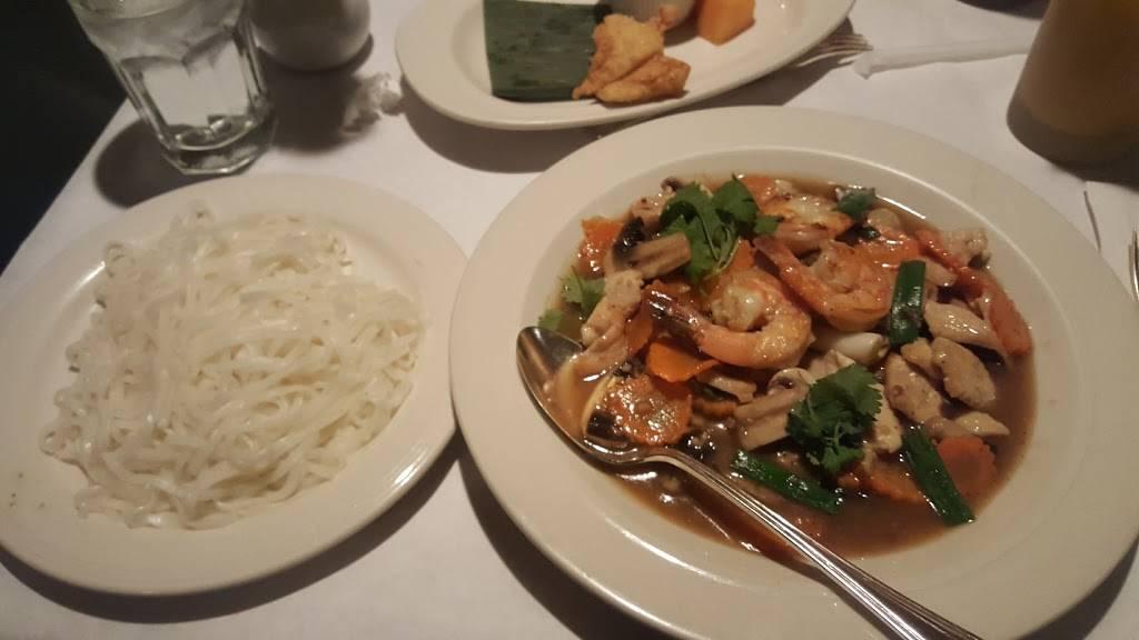 Bangkok Cafe   restaurant   17 N Vail Ave, Arlington Heights, IL 60005, USA   8473981989 OR +1 847-398-1989