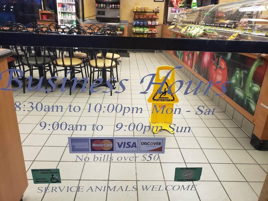 Subway | meal takeaway | 1809 E Santa Fe St, Gardner, KS 66030, USA | 9138566800 OR +1 913-856-6800