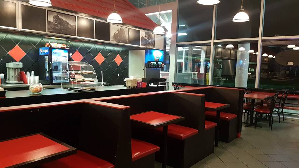 Burger Station | restaurant | 5444 5th Side Rd, Cookstown, ON L0L 1L0, Canada | 7054581592 OR +1 705-458-1592