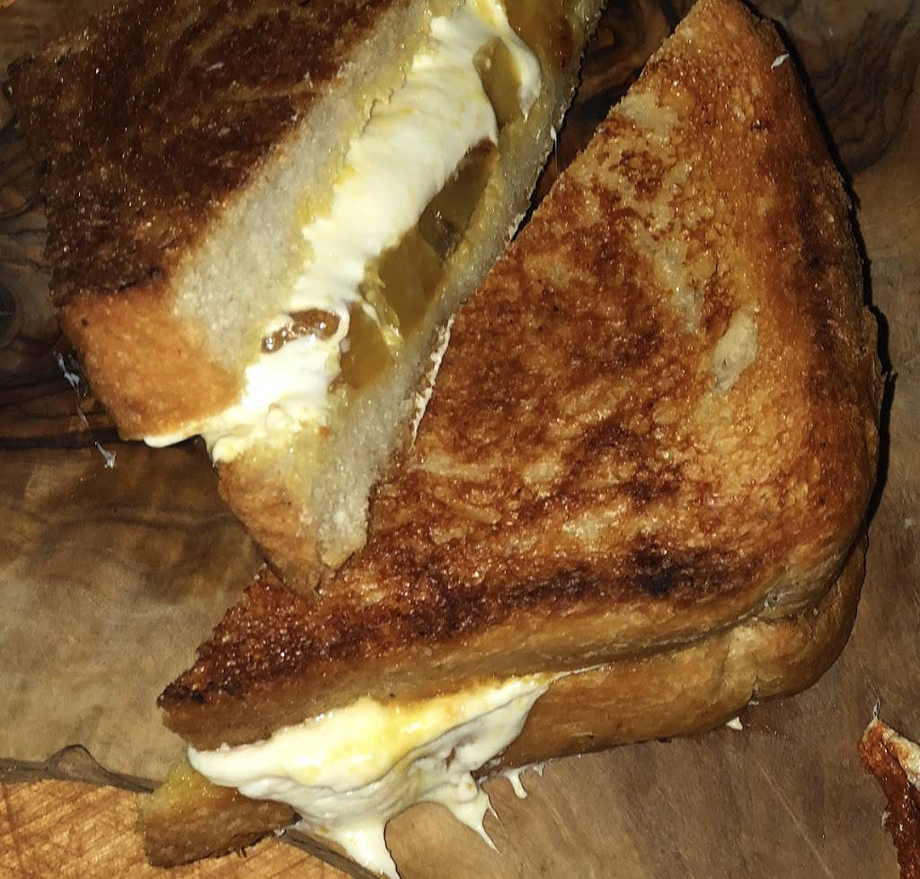 Grilled Cheese Incident | restaurant | 205 Cypress Ave, Ridgewood, NY 11385, USA | 9174216584 OR +1 917-421-6584