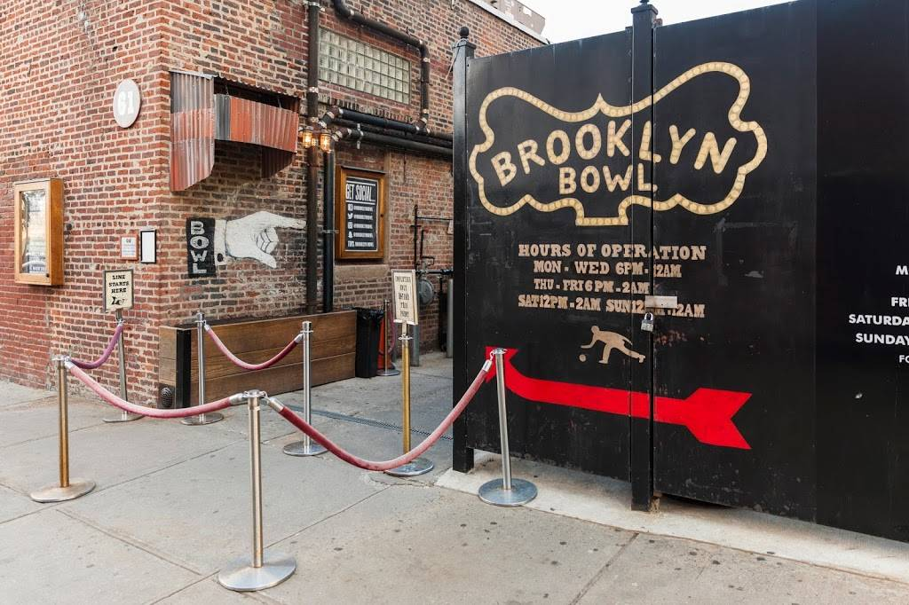 Blue Ribbon at Brooklyn Bowl | restaurant | 61 Wythe Ave, Brooklyn, NY 11211, USA | 7189633369 OR +1 718-963-3369