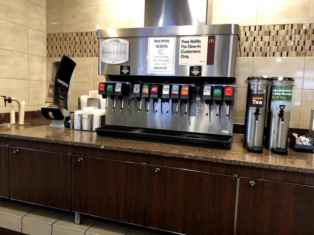 McDonalds   cafe   1039 E 9th St, Lockport, IL 60441, USA   8158386304 OR +1 815-838-6304