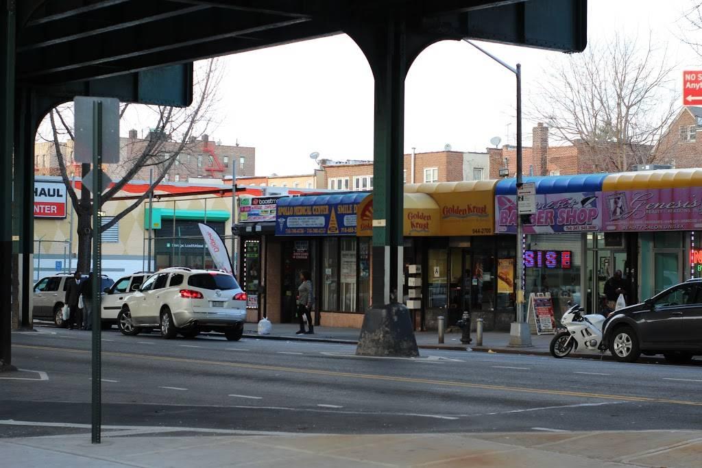 Golden Krust   restaurant   2718 White Plains Rd, Bronx, NY 10467, USA   7189442700 OR +1 718-944-2700