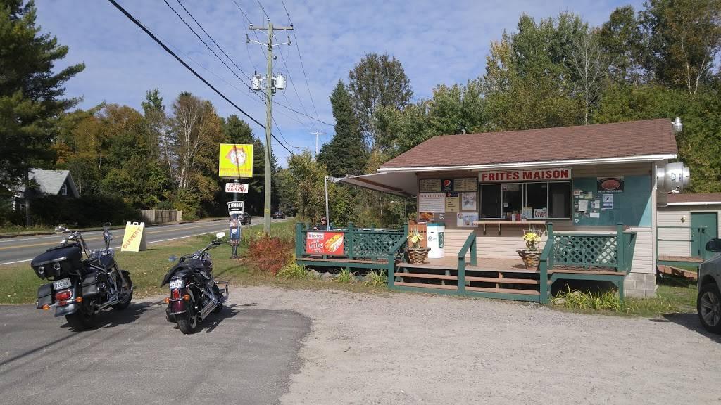 Casse-Croute Des Chutes (Le) | restaurant | 137 Chemin de Brébeuf, Brébeuf, QC J0T 1B0, Canada | 8194253879 OR +1 819-425-3879