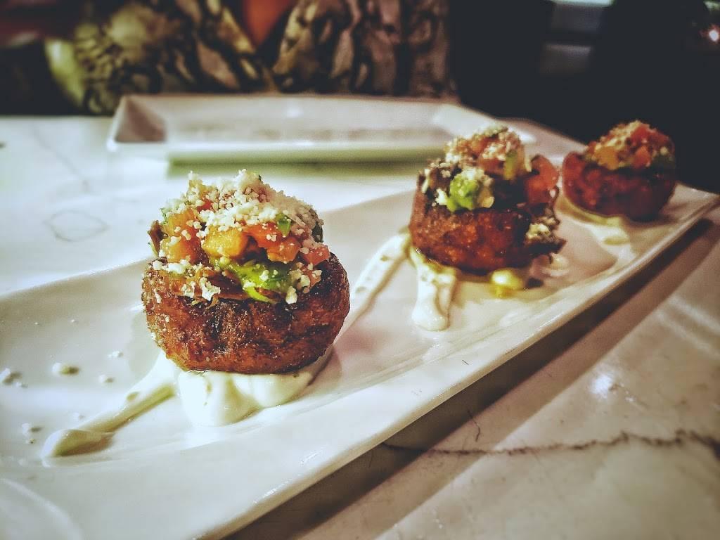 Blend Astoria   restaurant   37-17 30th Ave, Astoria, NY 11103, USA   7186066383 OR +1 718-606-6383