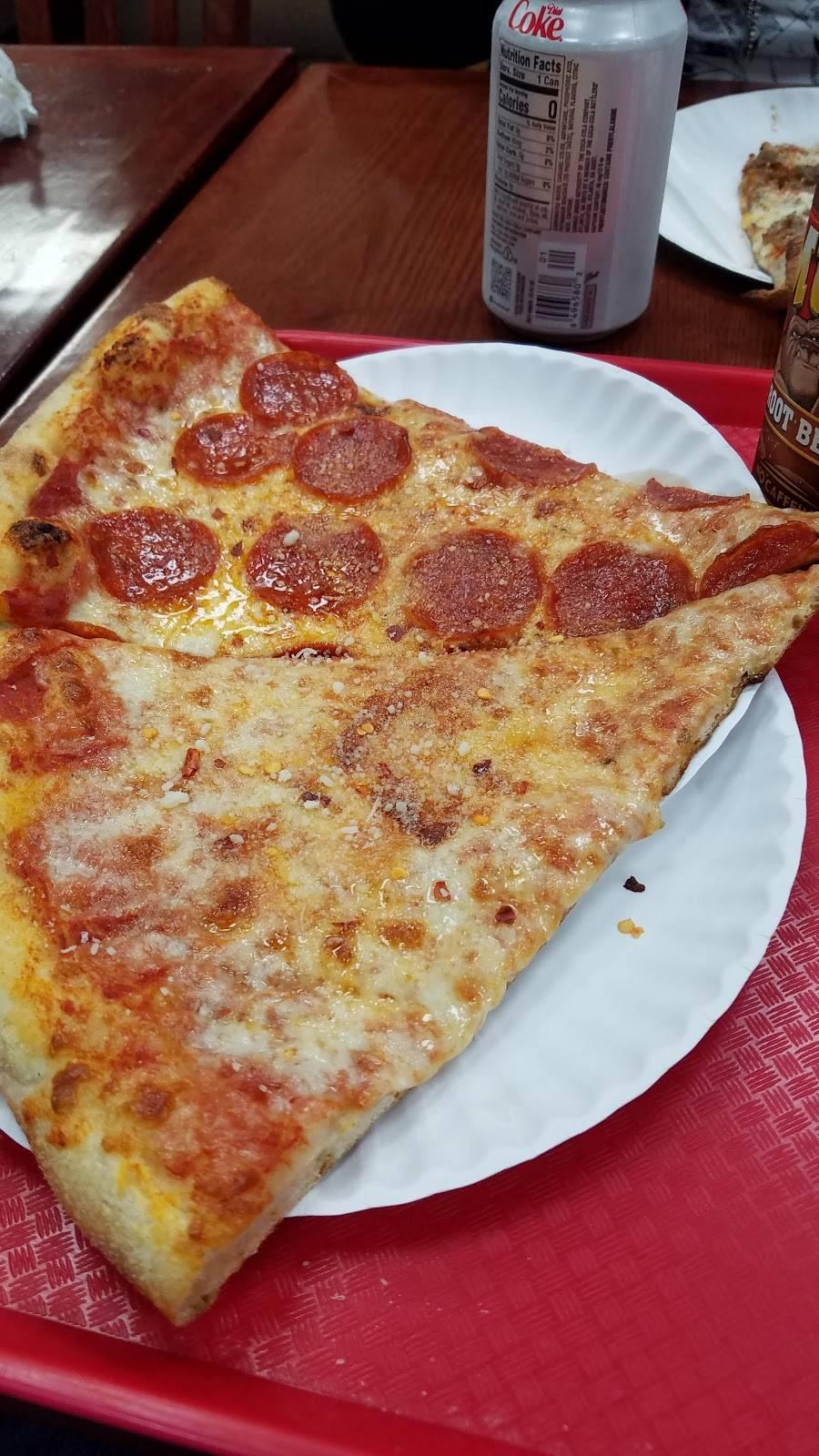 Picasso Pizzeria | restaurant | 303 South End Ave, New York, NY 10280, USA | 2123212616 OR +1 212-321-2616