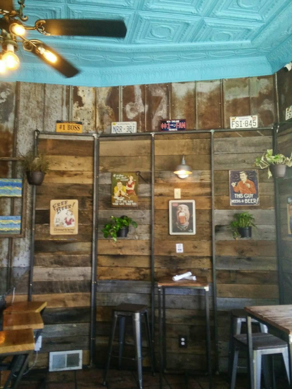 Pik Nik | restaurant | 2301 W Main St, Richmond, VA 23220, USA | 8043582514 OR +1 804-358-2514