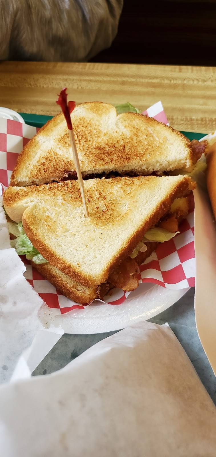 Corner Cone | restaurant | Wurtland, KY 41144, USA | 6068360023 OR +1 606-836-0023