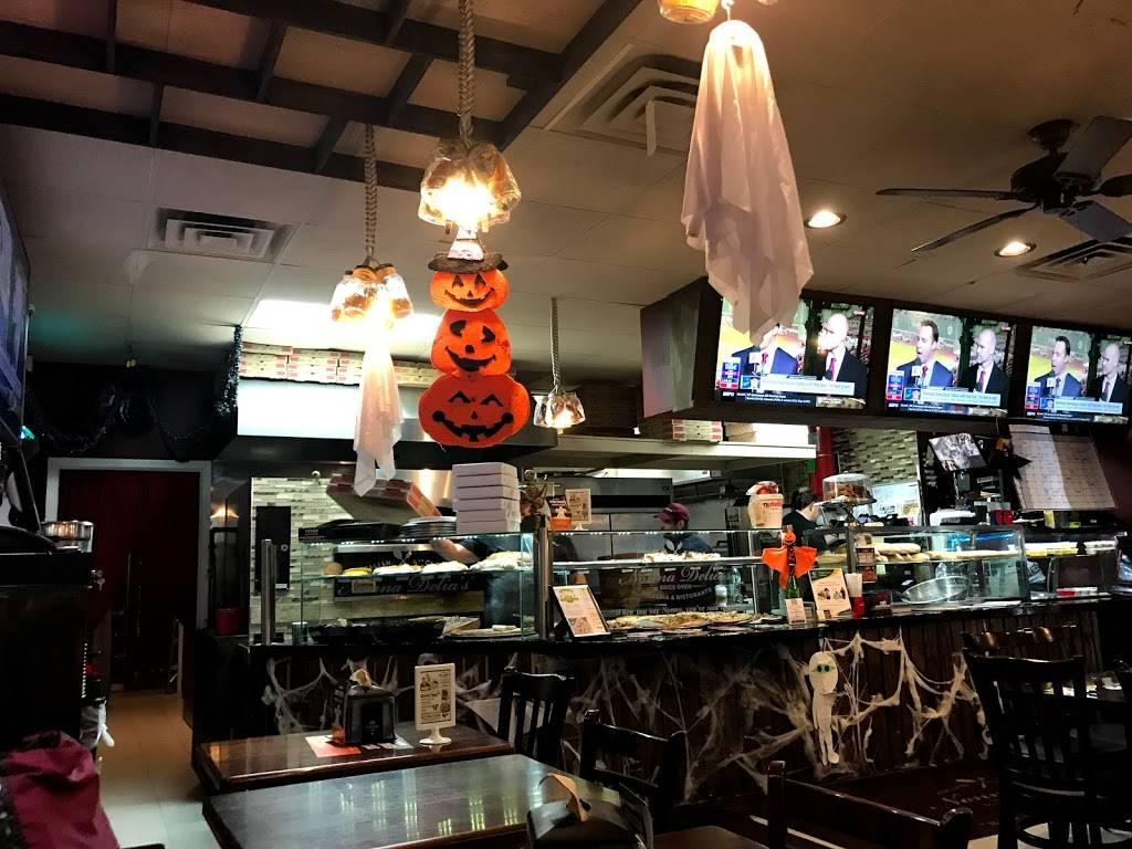 Nonna Delias | restaurant | 18-32 College Point Blvd, Flushing, NY 11356, USA | 7184456662 OR +1 718-445-6662