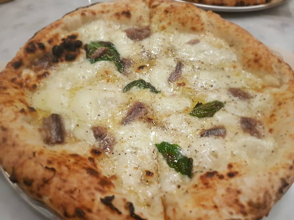 Simò Pizza | restaurant | 90-92 Gansevoort St, New York, NY 10014, USA | 2124622703 OR +1 212-462-2703