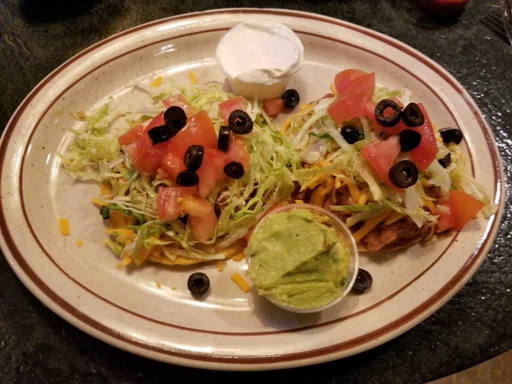 Snapper Vicks Mexican Restaurant   restaurant   N5007 County Rd WS, Woodland, WI 53099, USA   9206253441 OR +1 920-625-3441