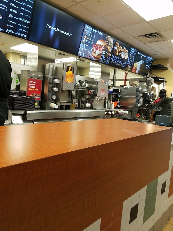 McDonalds   cafe   106 Chambers Bridge Rd, Brick, NJ 08723, USA   7324774280 OR +1 732-477-4280