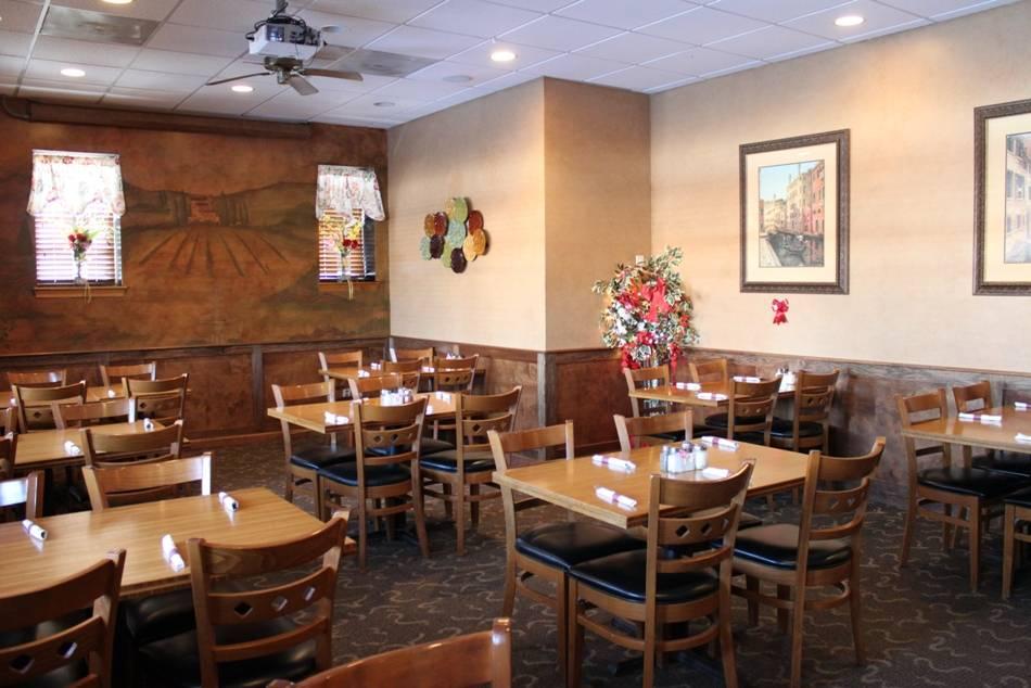 My Place Restaurant | restaurant | 8 Queen St, Newtown, CT 06470, USA | 2032707061 OR +1 203-270-7061