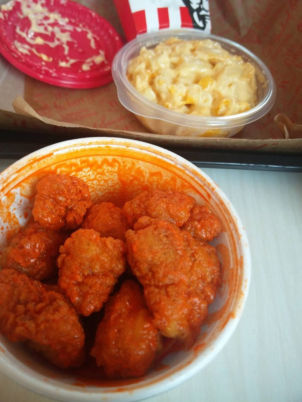KFC   restaurant   201 Western Blvd, Jacksonville, NC 28546, USA   9103530396 OR +1 910-353-0396