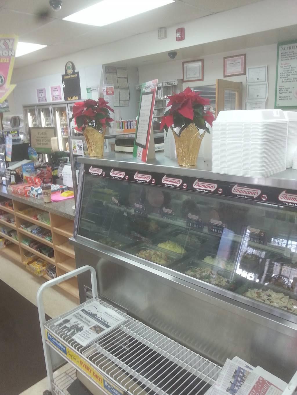 Alfredos Italian Deli | meal takeaway | 2179 W Camplain Rd, Somerville, NJ 08876, USA | 9084291055 OR +1 908-429-1055