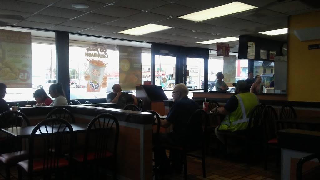 Churchs Chicken   restaurant   2112 N Zaragoza Rd, El Paso, TX 79938, USA   9158567575 OR +1 915-856-7575