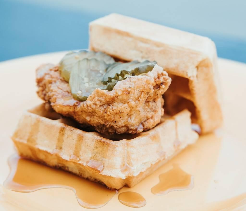 Waffle Iron | restaurant | Brewpoint Coffee, 124 W Park Ave, Elmhurst, IL 60126, USA | 6305891474 OR +1 630-589-1474
