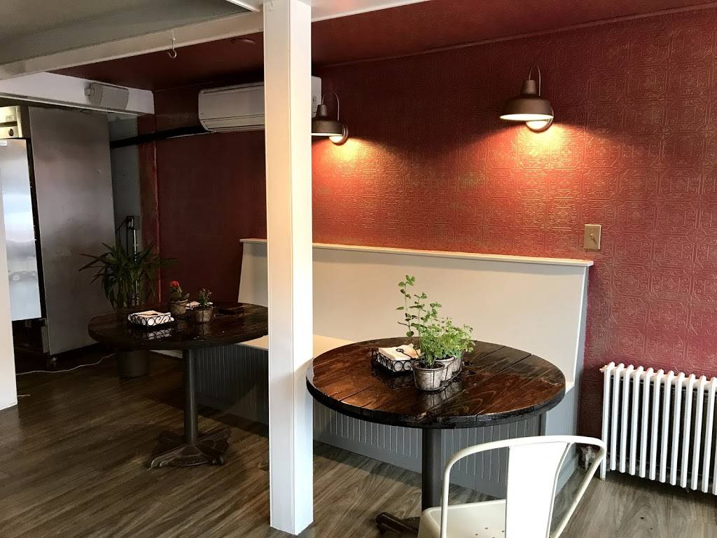 Root   restaurant   6 Broadway, Newport, RI 02840, USA   4018472727 OR +1 401-847-2727
