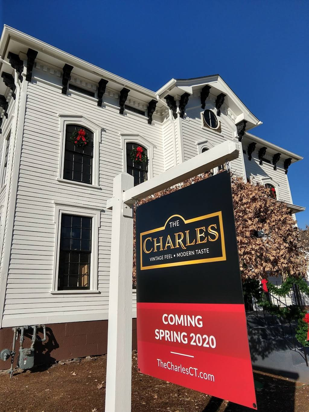 The Charles | restaurant | 161 Main St, Wethersfield, CT 06109, USA